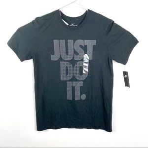 Nike just do it t shirt men's spell out medium m